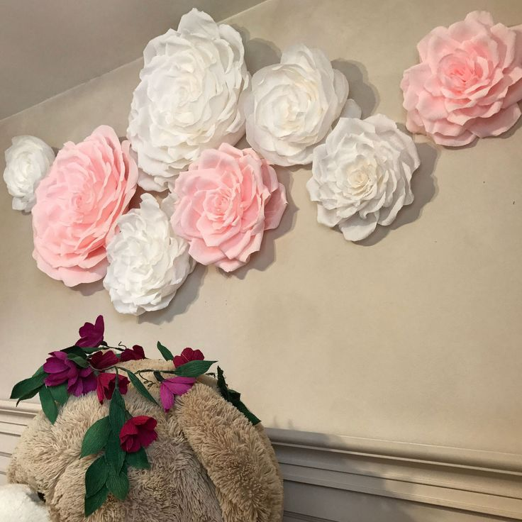 21 best large wall paper flowers images on pinterest for Crepe paper wall flowers