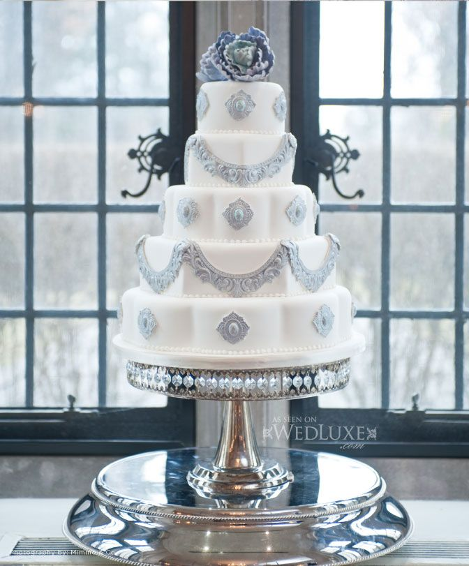 Soft grey wedding cake
