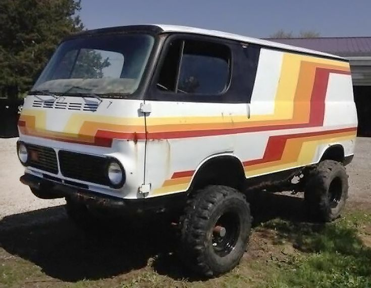 Raised Bed: 1967 GMC 4x4 Handi-Van #Trucks #4X4, #Custom, #GMC, #Projects, #Van - https://barnfinds.com/raised-bed-1967-gmc-4x4-handi-van/