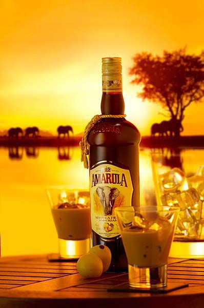 Enjoy Amarula Cream in true African style – on ice at sunset. Cheers!