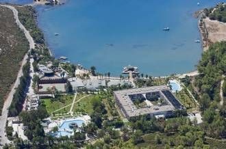 Crystal GreenBay Resort&Spa