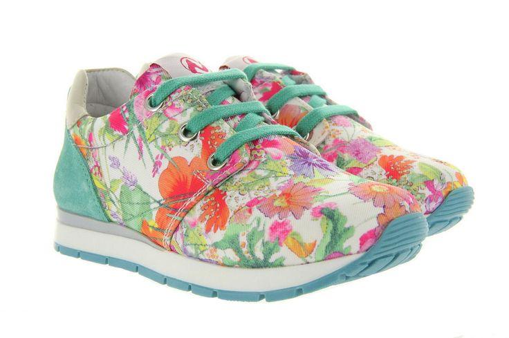 Naturino sport sneakers in flower print