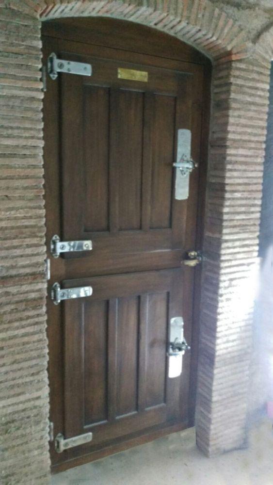 1000 id es propos de portes de cave sur pinterest portes bleues portes et portes vertes. Black Bedroom Furniture Sets. Home Design Ideas