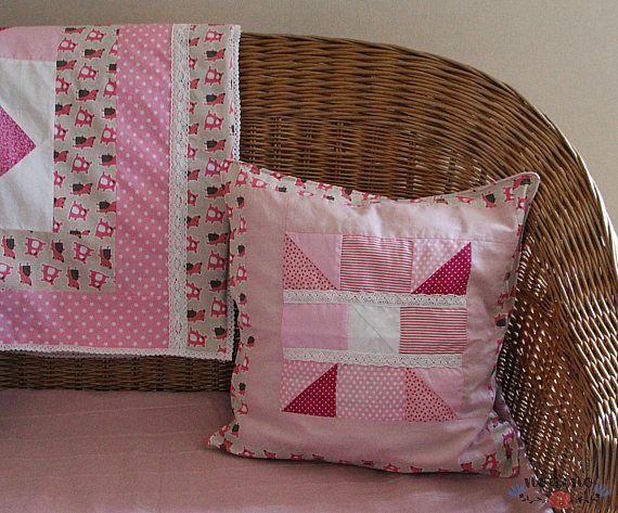 A patchwork pillowcase for decorative pillows. Different shades of pink have been used and the central motif has been framed by a fabric with funny teddy bears on it. Thanks to the soft and feminine colors and lace decoration, it is the perfect choice for a little girls room. You can also find a matching blanket among my other products.  • SIZE | 46x46 cm / 18.1x18.1 inches • FABRIC | 100% Cotton • COLOURS |pink, white • 100% handmade • Envelope closure (without buttons, also suitable fo...