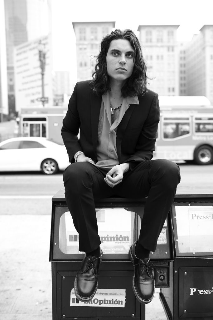 "samuel-larsen-daily: "" "" From the moment he first picked up a guitar, Los Angeles-based Samuel Larsen has been entertaining crowds with his own unique brand of funk-inspired pop rock. Born in San Francisco to a father from Denmark and a mother from..."