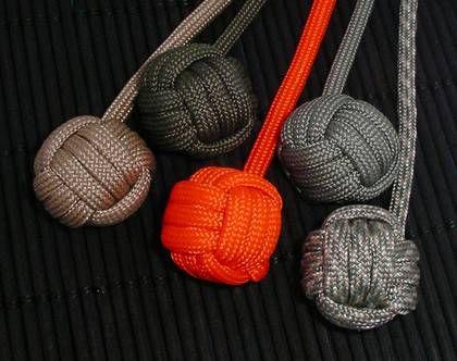Рукоделие под названием кумихимо пришло из Японии Это плетение шнуров с помощью нехитрого приспособления. Такие шнуры применяли воины для скрепления доспехов, и…