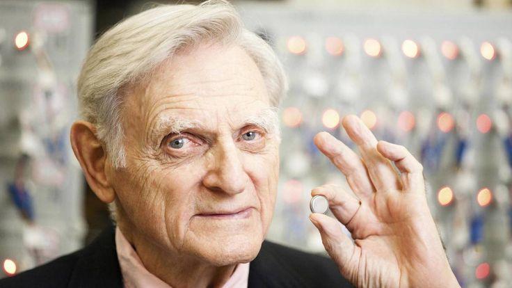 Er revolutionierte die Batterie, jetzt kommt der nächste Durchbruch: Der 94-jährige John Goodenough war einst einer der Erfinder des Litium-Ionen-Akkus - ...