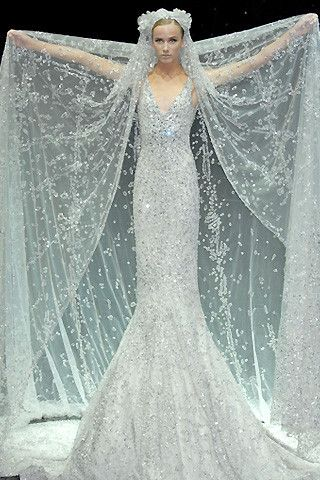 Elie Saab 2007 Bridal. Never mind bridal, I'd wear this all the goddamn time if I had it :0