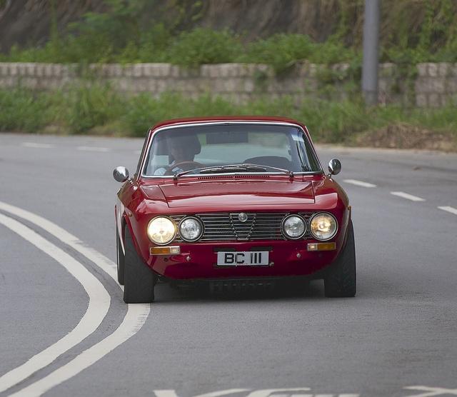 17 Best Ideas About Alfa Romeo Gtv 2000 On Pinterest