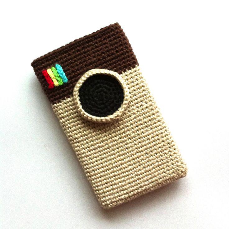 Free Crochet Pattern Instagram for you Ipod or Iphone ( PDF File ( Dutch and English (Scroll Down for the English version)) here: https://docs.google.com/file/d/0B7JDMRzzrhuMSHROQnZQcVpBWG8/edit?pli=1
