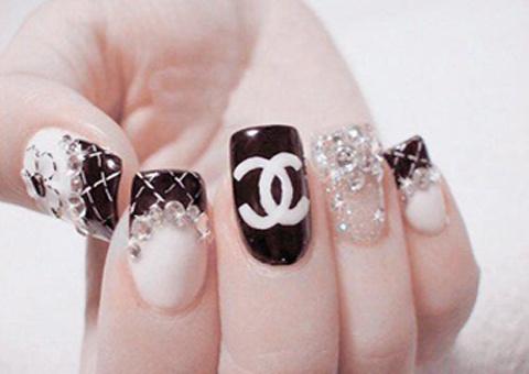Inspired by Chanel... so luxurious ♥  [예쁜 네일아트] 명품중에 명품! 샤넬 네일아트 모음^_^* : 네이버 카페