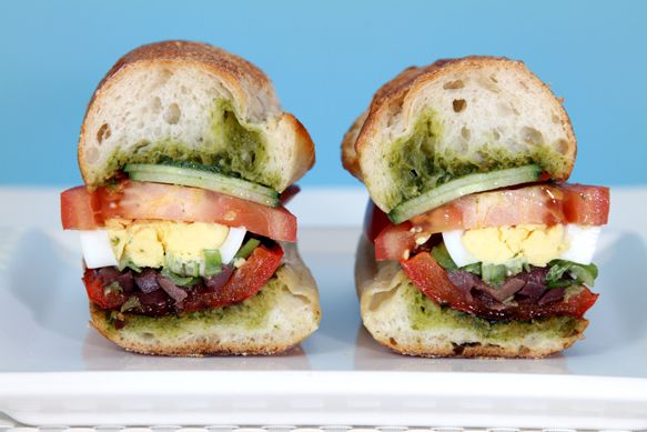 .: Basil Vinaigrette, Meatless Mondays, Sandwiches, French Recipes, Pan Bagnat, Food, Belle Peppers, Boiled Eggs, Grilled Peppers