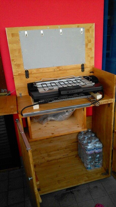 Mobiletto per griglia elettrica fatto da me