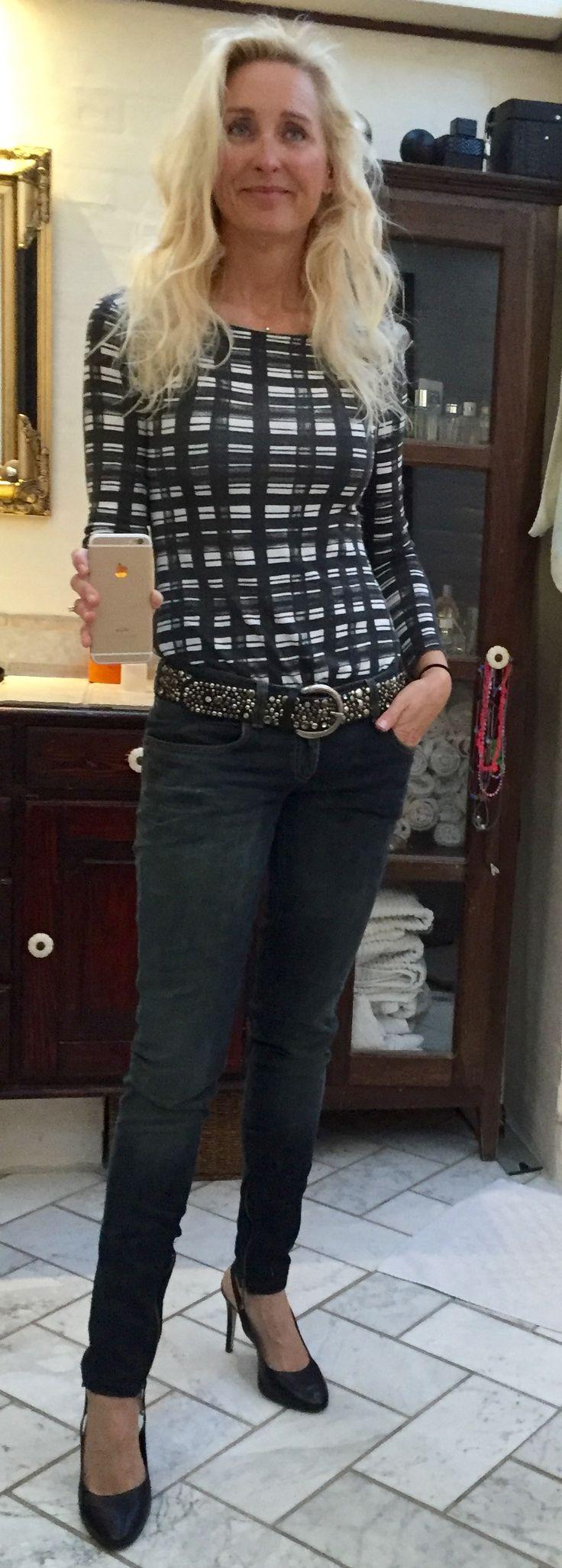 BooHoo blouse. Armani Jeans. Taupage shoes.