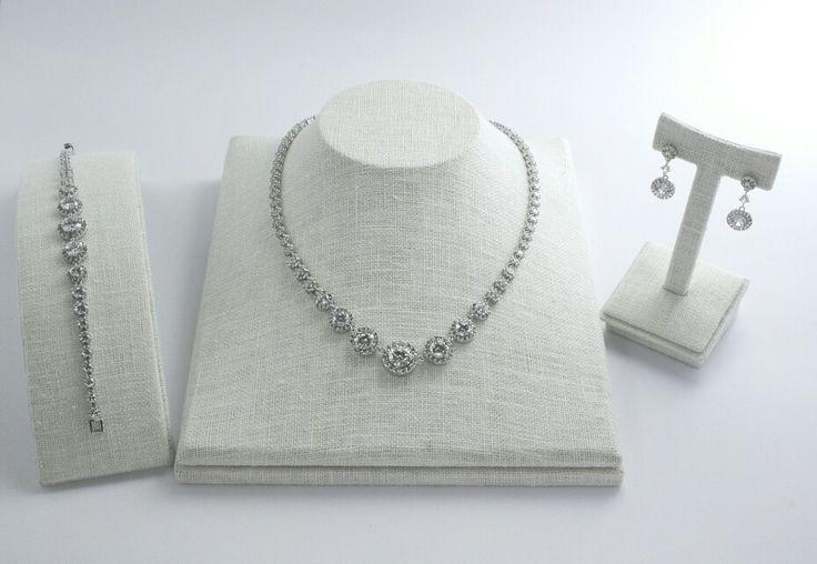 JURI's wedding collection