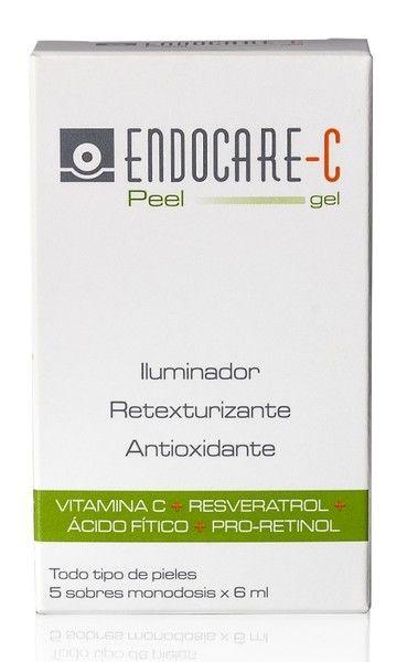 Endocare C Peel Gel Otro producto que puede hacer mucho por nuestra piel son las mascarillas, como las de vitamina C, ácido glicólico o ácido salicílico. Una que suelo utilizar habitualmente es la Peel Gel Endocare-C, que combina ingredientes como la vitamina C, vitamina E y Resveratrol. Tras su uso la piel se ve luminosa y el poro más cerrado.19,95 euros