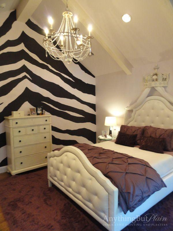 Teen Zebra Print bedroom