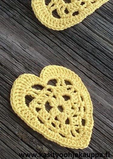 Virkattu sydän askarteluun tai muuten vaan koristeeksi (Koppa Patternsin malli)