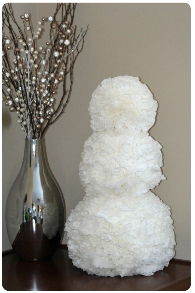 Can you believe this?  A coffee filter snowman!