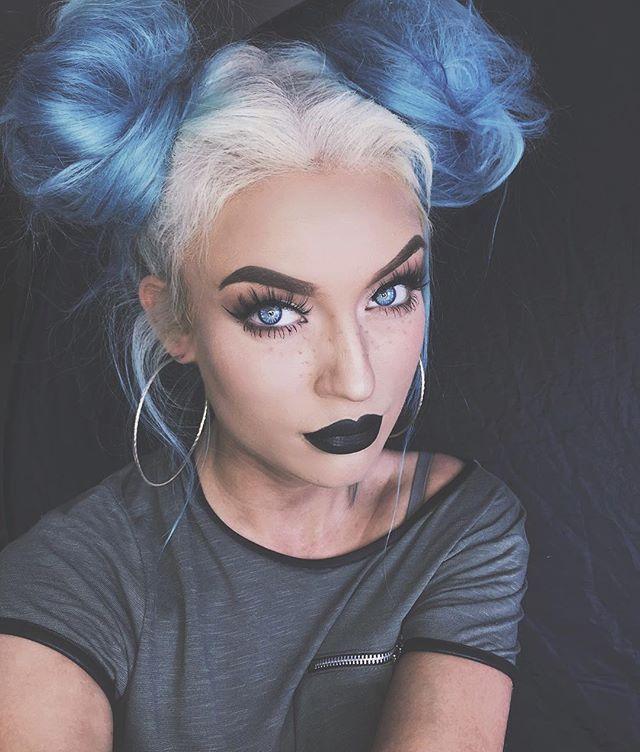 Hair Colour Color Style Styling Blue Mermaid Bun Buns Pretty Lady Woman Teal Grey White