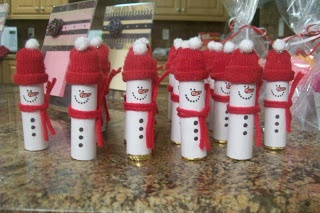 Adorable Rolo Snowmen perfect for my kids to take to school for Christmas treats.