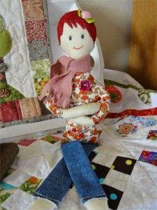 Mik de pop, lees meer over deze mini me op www.loveallcrafts.nl