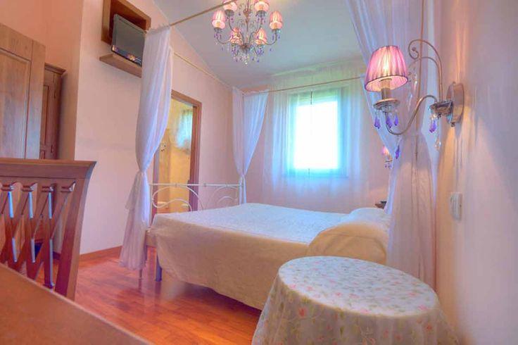 Una delle nostre camere per soggiornare a #Sirolo nel #Conero One of our rooms to stay in #Sirolo in the #Conero