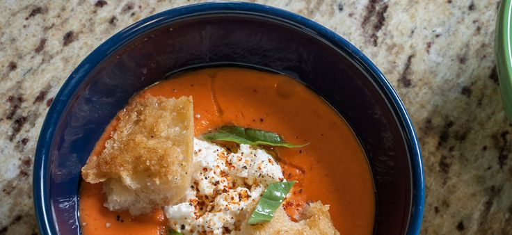 Gazpacho with Ricotta and Garlic Croutons: Fresh Ricotta, Cucumber, Basic Gazpacho, Croutons Homemade Ricotta, Garlic Croutons Homemade, Chilled Gazpacho, Garlic Croutons Corrected, Creamed Gazpacho