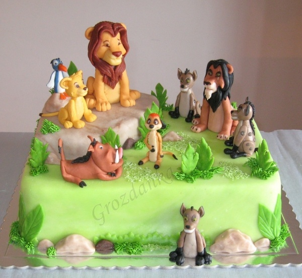 Lion King cake - all fondant but simple and cute