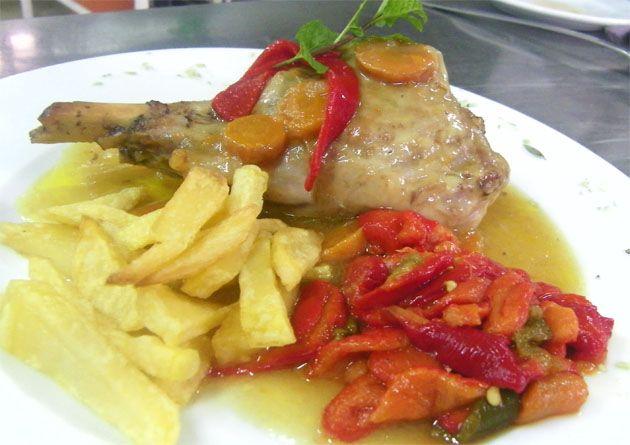 Pata de cordero lechal de la Sierra de Cádiz al horno   Cosas de comer