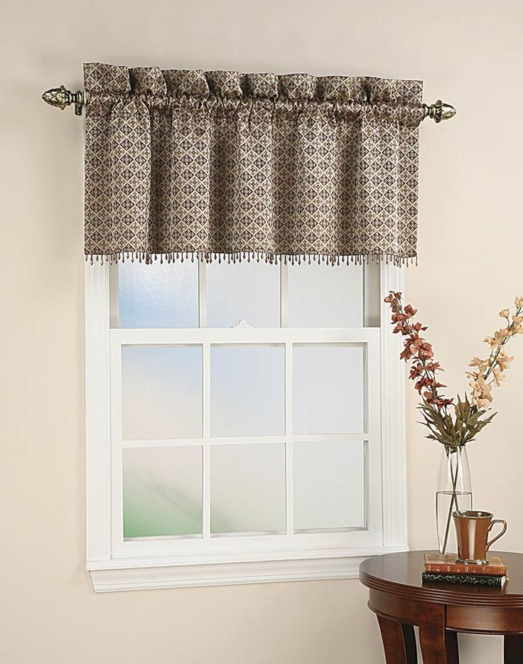 Best 25 Small Window Curtains Ideas On Pinterest Small Windows Small Window Treatments And