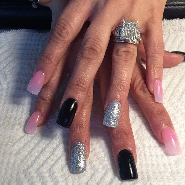 Thanks Liz!! 💕💅 #nails #naildit #pink #black #silver #glitter coloredacrylic #notpolish #youngnails #glazengo #nailtech #manicurist #visalianails #manicurist #visaliasalons #559 #lovemyjob #fullsets #fills #manicures #pedicures #wedding #bride #ring #bling