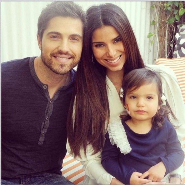 Roselyn Sanchez Poses with the Family - The Week's Most Stylish Celeb Instagrams: January 06, 2014 - StyleBistro