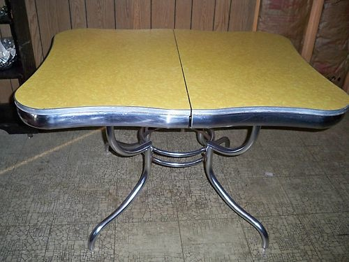 Vintage rare deco yellow formica top kitchen table early for Can you paint formica table top