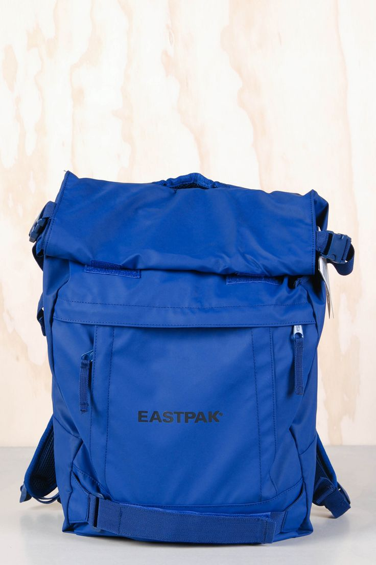 Eastpak: Ekspres Motion Blue - Yokiono www.yokiono.com