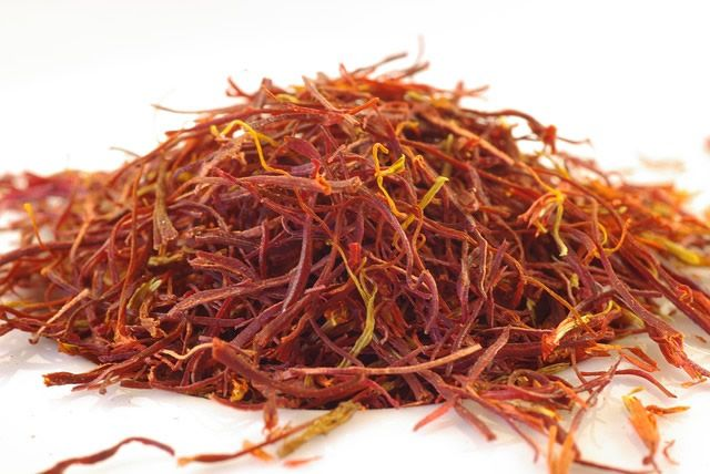 Health Benefits of Saffron and Cooking Methods   1mhealthtips