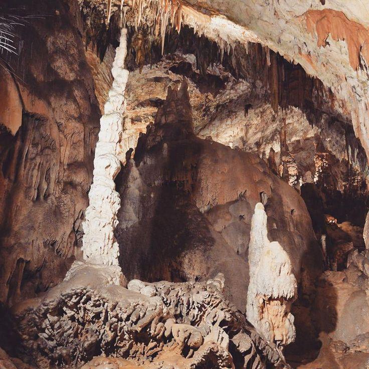Dwalen door de griezellige grotten vanPostojna
