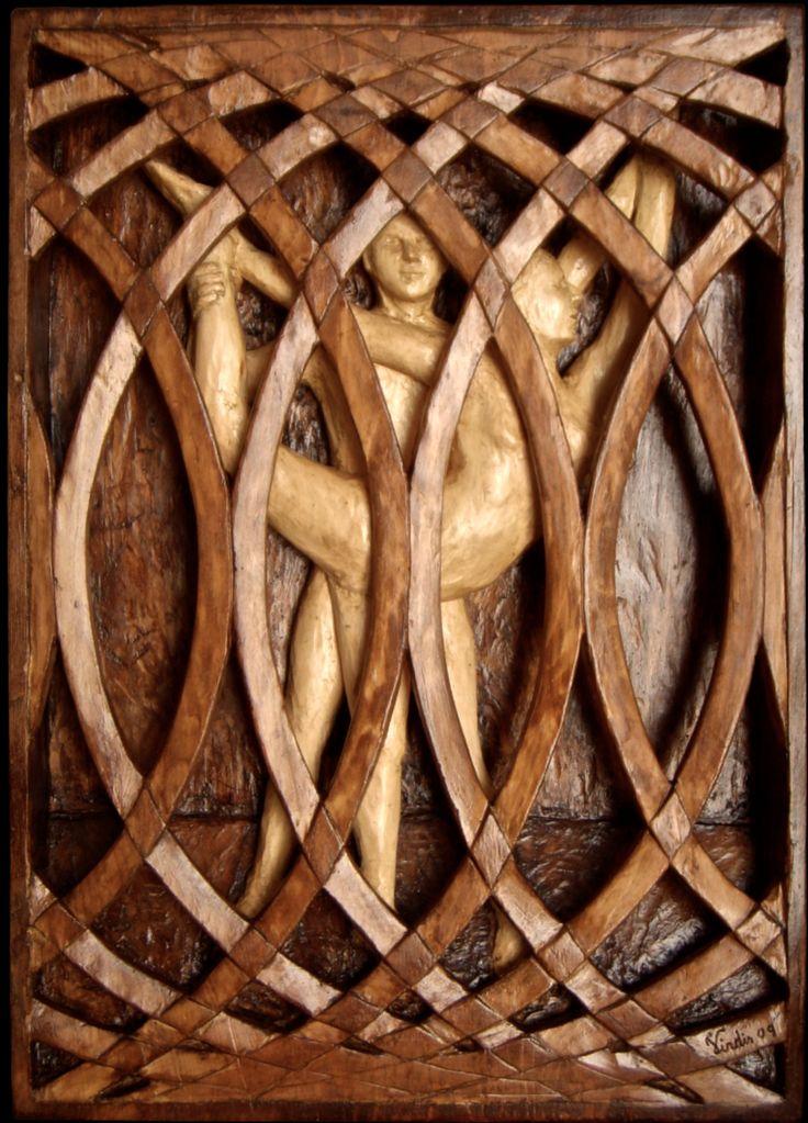 Scultura in legno: Danza tra le onde (2009)