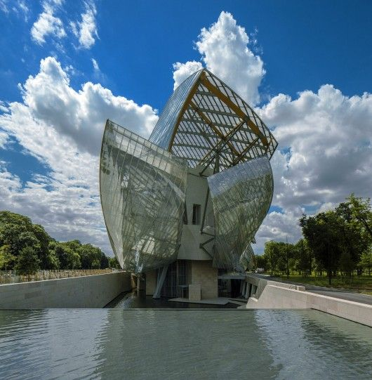 Fondation Louis Vuitton in Paris, France / by Gehry Partners (photo by Todd Eberle)