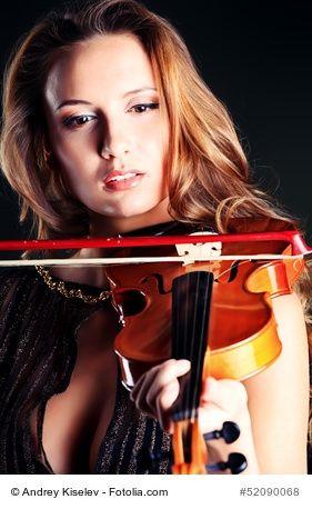 Klassische Musikinstrumente mit Bildern Klassische Musikinstrumente Liste mit Bildern, Stöbern Sie in unserer Liste der bekanntesten klassischen Musikinstrumente mit Bildern, entdecken Sie die vielfältige Welt der Schlag- und Streichinstrumente. #musik #musikinstrumente #music #instruments  https://kleinesonne.de/musikinstrumente/