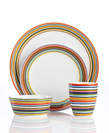 This always looks great and works well when mixed with any of the colours with plain dinnerware too...Iittala Origo Dinnerware Set