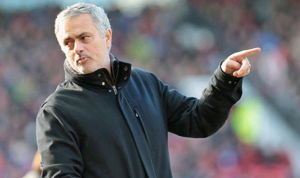 MANCHESTER UNITED FC NEWS: Man Utd news: Jose Mourinho holds one key to winni...
