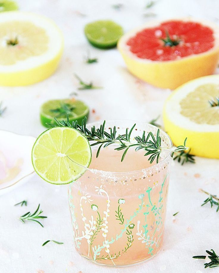 Rosemary infused grapefruit cocktail!