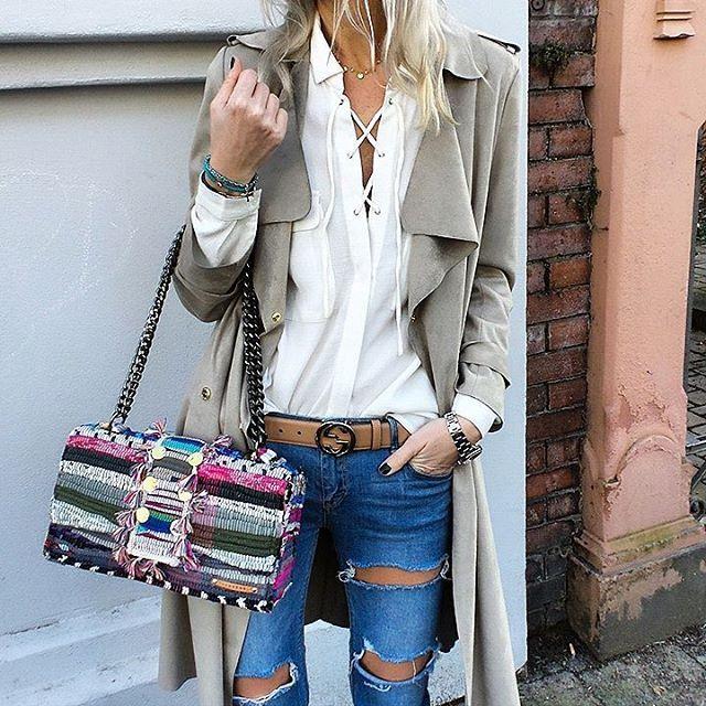 T r e n c h C o a t S t y l e @ivyrevel coat @misskcarolina shirt @kooreloo bag #gucci #ootd