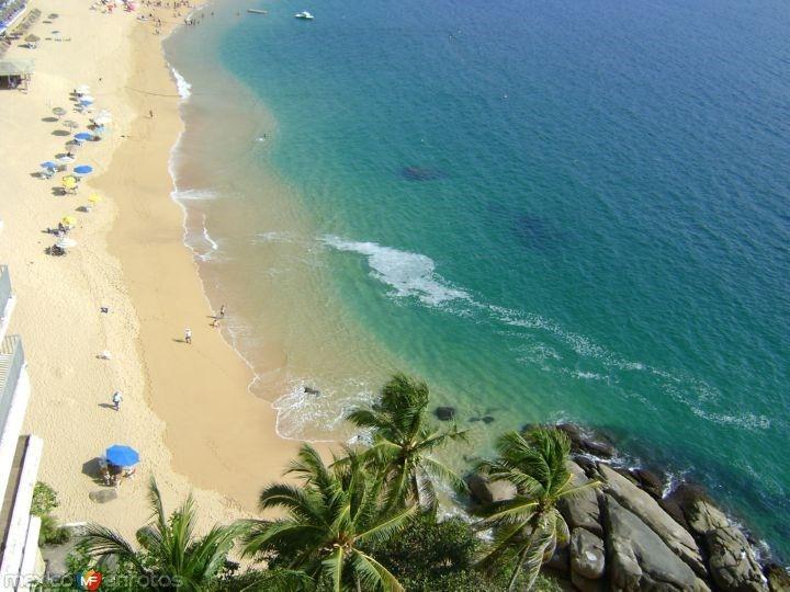 La Bahía de Santa Lucía desde el Hotel Fiesta Inn. Acapulco, Gro