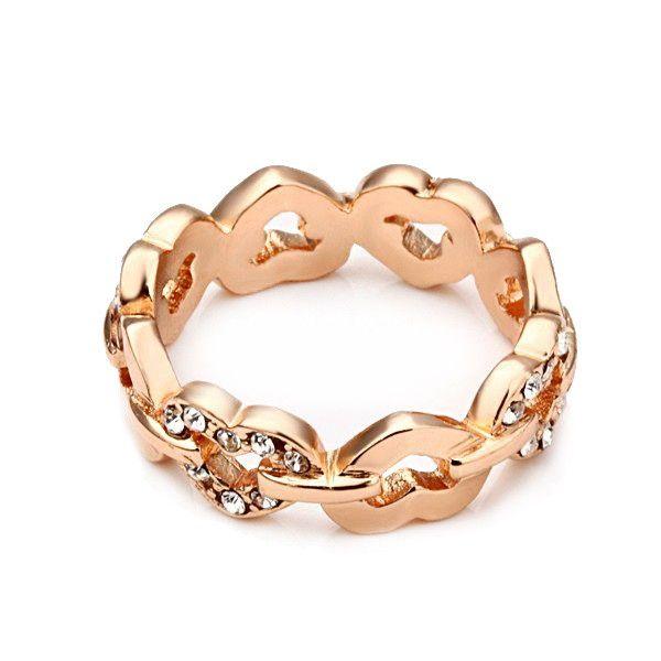 Anel em coração entrelaçado em ouro rosé 18k. Lindo anel que também pode ser usado como aliança de compromisso. <br> <br>Tamanhos: <br> 19 <br>27
