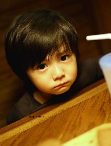 Asian kid. (c) kpop-culture.tumblr.com