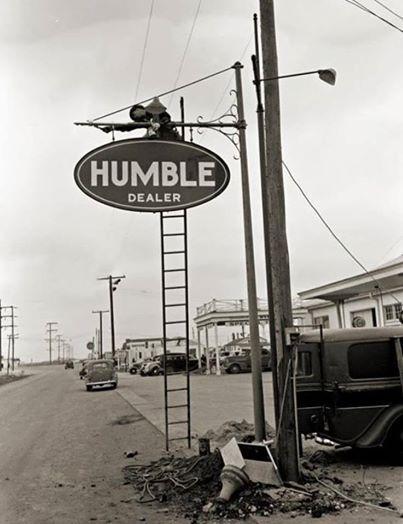 Humble Oil - Alice, Texas 1944