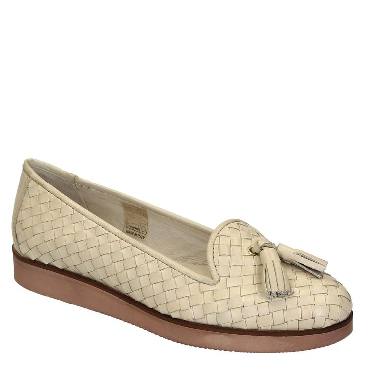 Women's woven off-white leather loafers with tassels - Italian Boutique €161