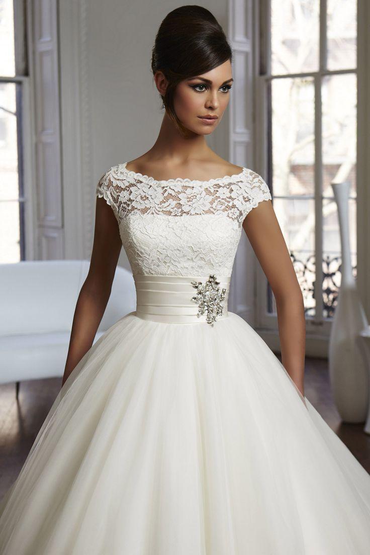 21 best wedding reception dresses images on Pinterest | Bridal gowns ...